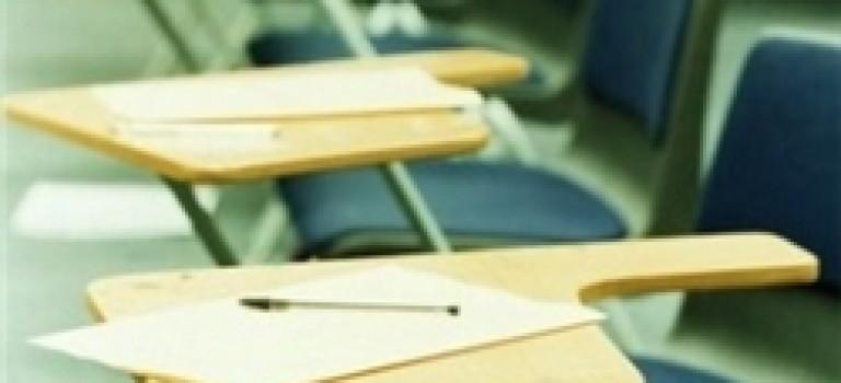 منع ورود داوطلبان بدون کارت در آزمون کارشناسی ارشد آزاد ۱۳۹۴